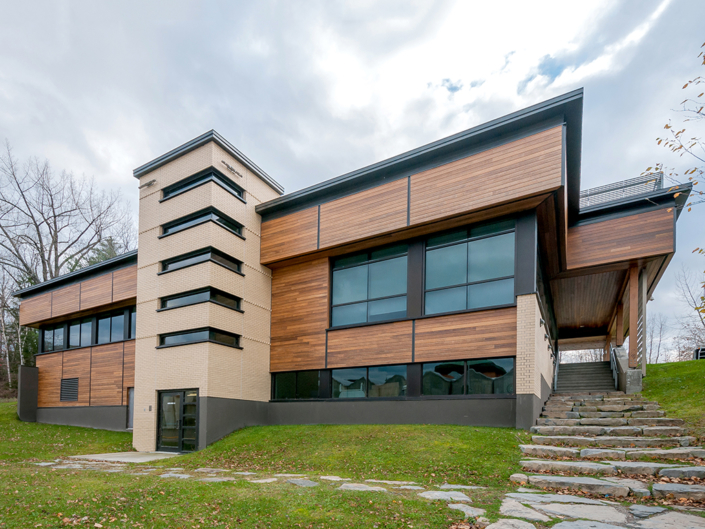Certification process follow-up and Enhanced Commissioning • LEED Silver