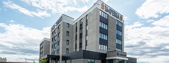 Plans et devis pour le nouvel hôtel de 80 chambres